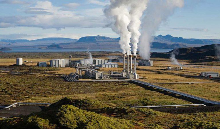 Nesjavellir geothermal power plant, Iceland